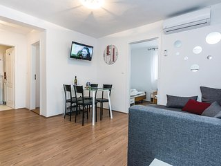 Awesome apartment in Vir with WiFi and 2 Bedrooms (CDA621)