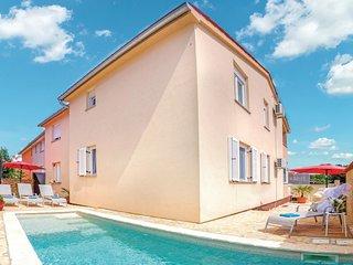 Beautiful home in Betiga w/ WiFi and 3 Bedrooms