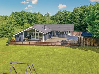 Stunning home in Toftlund w/ Sauna, WiFi and 3 Bedrooms (S10254)