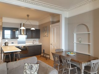 Sea View: Two bedroom apartment overlooking the sea in Ramsgate