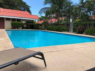 Make your Life PURA VIDA ! 2 bedroom 2 story condo in Playas del Coco.