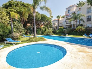 Nice home in Marbella-Cabopino w/ 2 Bedrooms