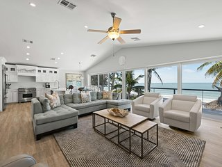 Modern Direct Beachfront Paradise | 3-Bedroom & 2.5 Bath