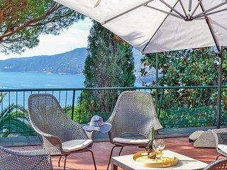 Elegant vakantiehuis met panoramisch terras