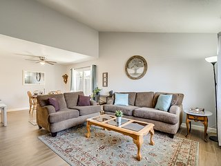 A Peaceful Towhome in Mesa - New Listing