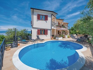 Nice home in Labin w/ WiFi and 2 Bedrooms (CIO154)