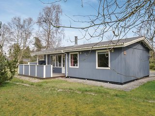 Nice home in Ebeltoft w/ 3 Bedrooms and WiFi (E4531)