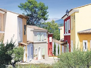 Nice home in Fayence w/ 2 Bedrooms