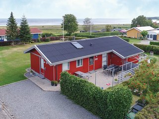 Amazing home in Juelsminde w/ WiFi and 3 Bedrooms