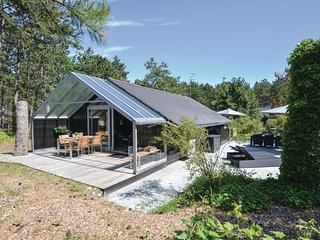 Amazing home in Ebeltoft w/ WiFi and 3 Bedrooms (D07018)