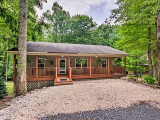 NEW-Cozy Home w/Deck by Beech Mountain Skiing+Golf