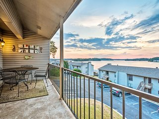 NEW! 'The Landing' Condo w/Pool on Lake Hamilton!