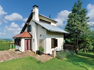 Nice home in Kalnik w/ WiFi and 2 Bedrooms