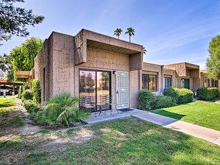 NEW-Palm Springs Condo w/ Pool Access~1 Mi to Golf