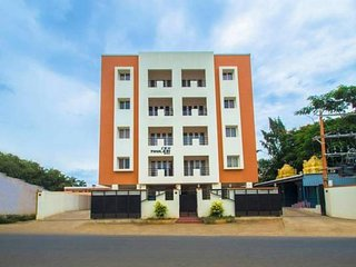 Comfortable & Spacious Service Apartment Located in Coimbatore