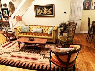 MASSiVE Bohemian Oasis in Philly! 5 Bdrm/Sleeps 12