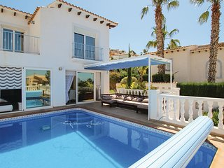 Awesome home in Altea w/ WiFi, Outdoor swimming pool and 4 Bedrooms