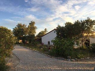 Großes Ferienhaus in idyllischer Lage mit Pool für Familien und Ruhesuchende