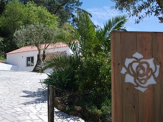 Stylish cottages on Portugese farm between the sea, orchards and woods