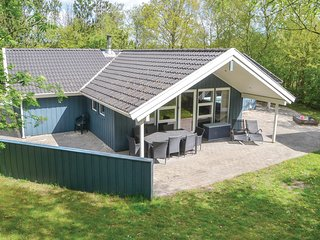 Stunning home in Oksbøl w/ Sauna, WiFi and 4 Bedrooms (P42020)