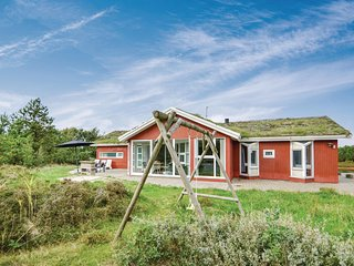 Amazing home in Rømø w/ Sauna, WiFi and 6 Bedrooms (R10854)
