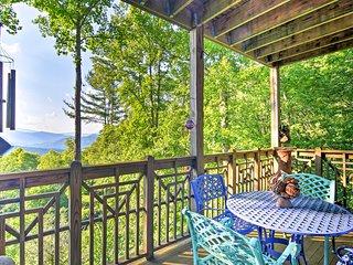 'Creekside Comfort' Burnsville Condo w/Deck, Views