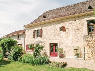 Beautiful home in St Martin des Combes w/ WiFi and 4 Bedrooms