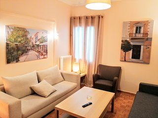 Comfortable apartment in Acropolis