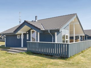 Beautiful home in Ringkøbing w/ Sauna, WiFi and 2 Bedrooms