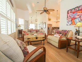 Bare Feet Retreat | 3-Bedroom Steps from Beach