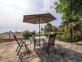 Beautiful home in Volosko w/ WiFi and 4 Bedrooms