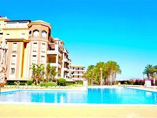 My Sunny Apt - Isla Canela, 2 dormitorios, con piscina y jardín