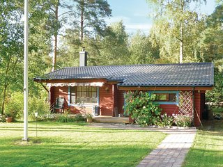 Amazing home in Borgholm w/ 2 Bedrooms