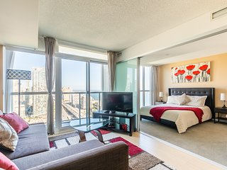 Royal Stays Condominiums. Toronto Premium Downtown Suites