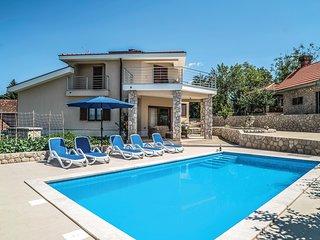 Amazing home in Vinjani Gornji w/ WiFi and 4 Bedrooms