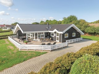 Amazing home in Nordborg w/ Sauna, WiFi and 3 Bedrooms