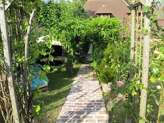 Deauville Holiday Home Sleeps 6 with WiFi - 5650032