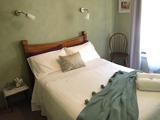 Family holiday accommodation Katoomba Blue Mtns