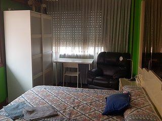 2 Hab.privadas, baño privado,en piso compartido, wifi, junto metro,Bilbao