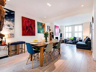 Spacious Hammersmith Family Home - RYA