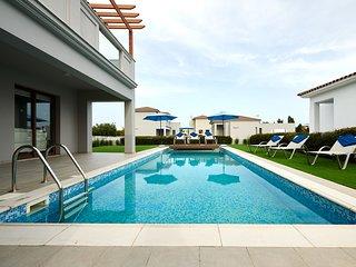 Angie Luxury Beach Villas D5