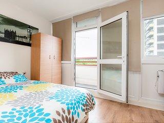 Queensland House London Deluxe Guest Room 3