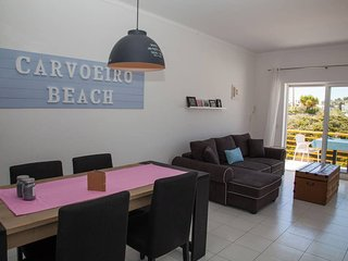 1 Bed Apt, Communal Pool & Parking, 300m From Beach, Carvoeiro Centre