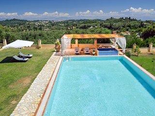 Agios Ioannis Villa Sleeps 10 with Pool and Air Con - 5229686