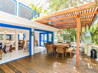 CASA DO DECK - CONDOMINIO EM CAMBURY 30M DA PRAIA. CASA DO DECK