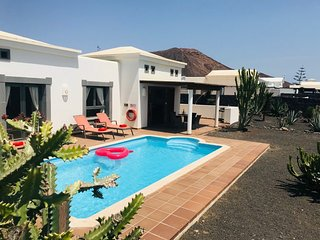 Great 2 bed villa in Playa Blanca LVC331570