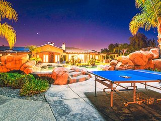 Breathtaking 5 Acre Estate  | Sleeps 20! | ❤ of Wine Country