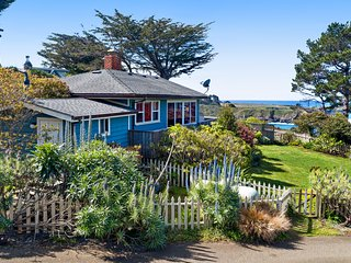 Oceanview home plus guest cottage w/ front & back decks & an enclosed yard