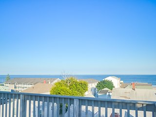 Ocean view home w/ roof deck & patio - great for families, steps to beach!