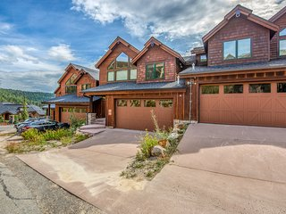Ski-in/ski-out home w/ a private hot tub plus mountain & lake views!